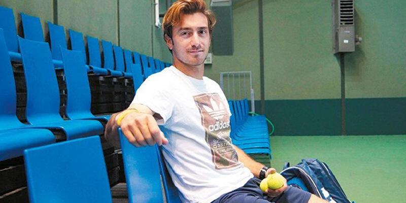 Milli tenisçi Tuna Altuna çiftlerde şampiyon