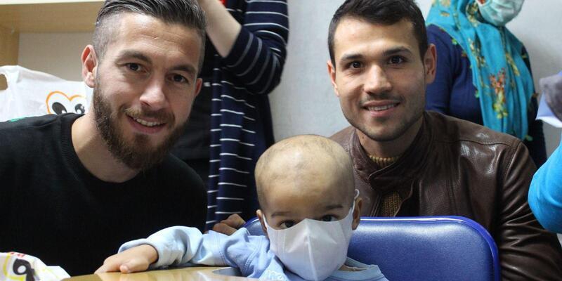Evkur Yeni Malatyaspor'dan lösemili çocuklara ziyaret