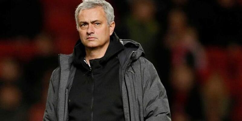 Son dakika: Manchester United'da Mourinho depremi