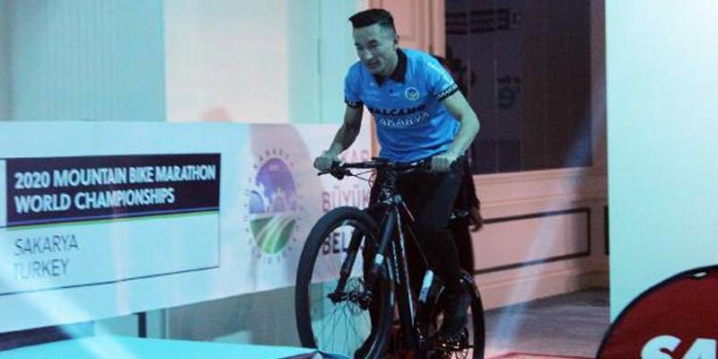 İsrail takımını bırakıp, Sakarya bisiklet takımı ile anlaştı