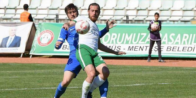 Muğlaspor'da 9 futbolcu ile yollar ayrıldı