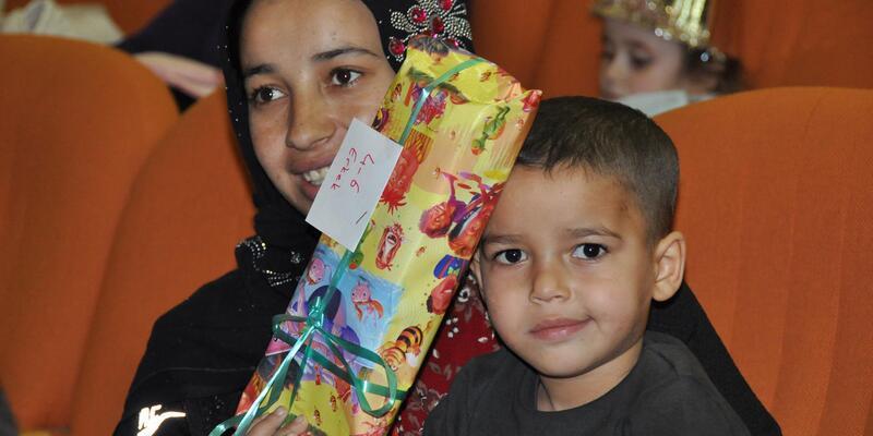 Balcalı'da hasta çocuklar için yılbaşı kutlaması