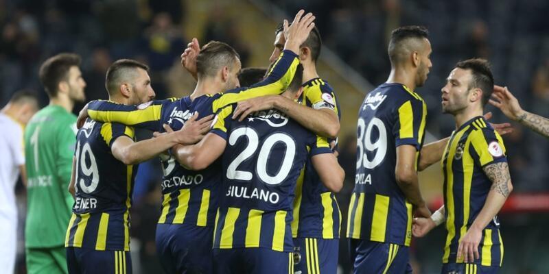 Fenerbahçe taraftarına 1 maç ceza