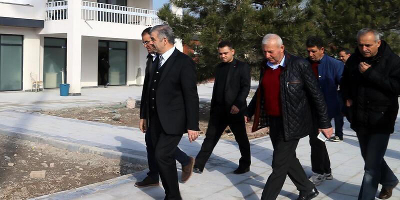 Başkan Çelik, şantiyeleri gezdi
