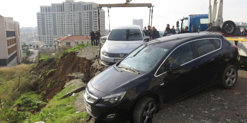 Ataşehir'de toprak kayması  (1)