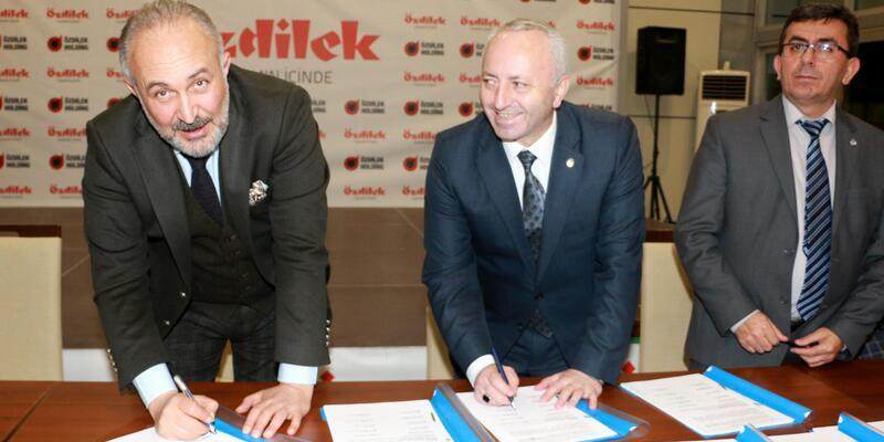 Çiftlikköy Belediyesi'nde toplu sözleşme imzalandı