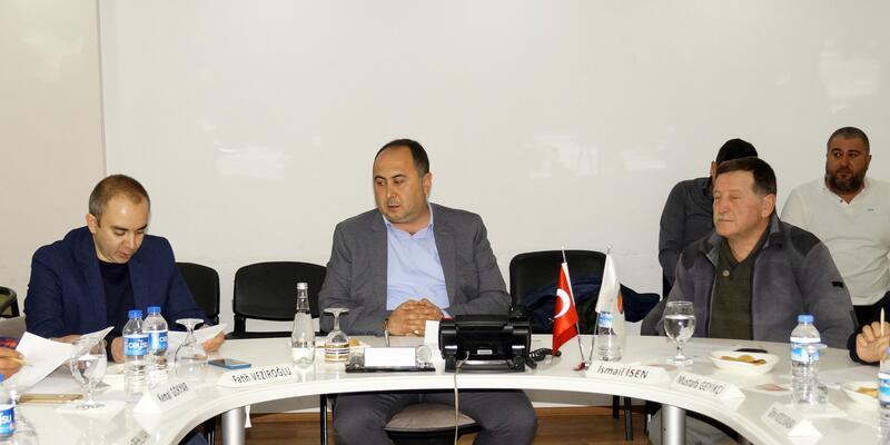 Finike Belediyesi yılın ilk meclisi toplantısını yaptı