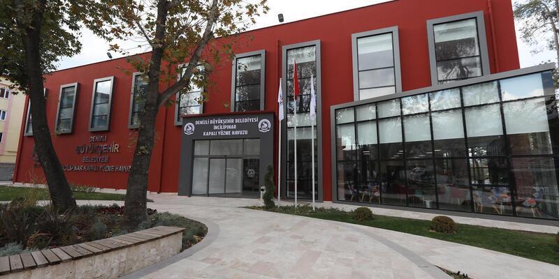 Bakan Zeybekci, Denizli'de yüzme havuzu açacak