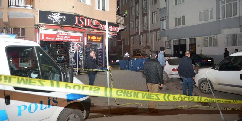 Eskişehir'de markette silahlı saldırı: 1 ölü, 1 yaralı