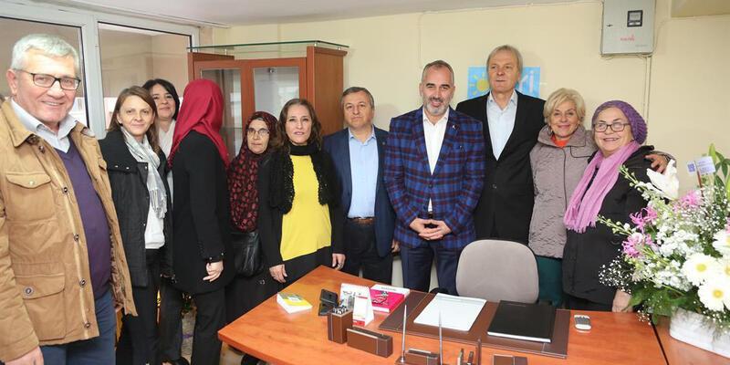 AK Parti'den İYİ Parti'ye ziyaret