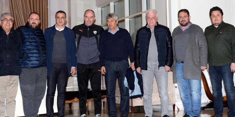 Mircea Lucescu, Bursaspor kampını ziyaret etti