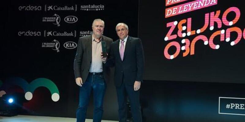 Fenerbahçe Doğuş'a 3 ödül birden