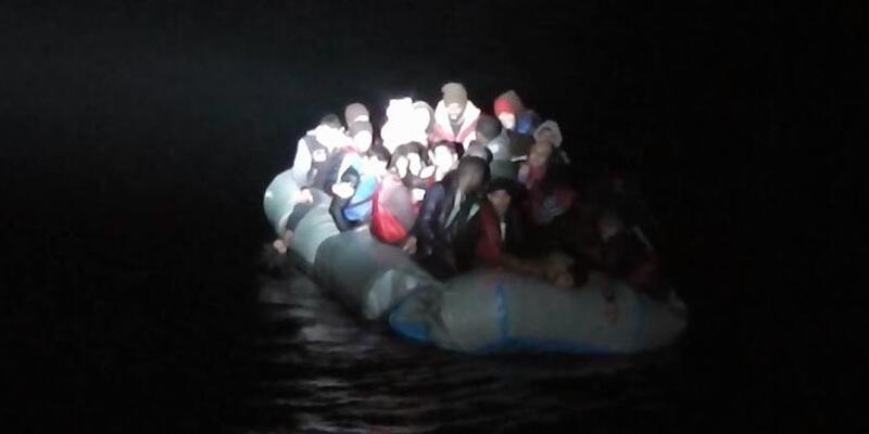 Ege'de 41 göçmen ölümle burun buruna geldi