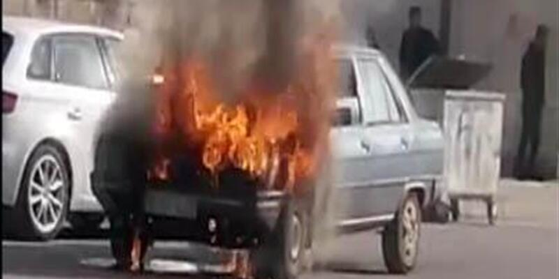 Siverek'te otomobil alev alev yandı