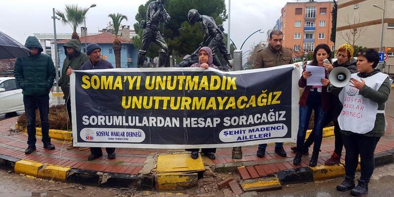 Soma maden faciasında ölenleri andılar