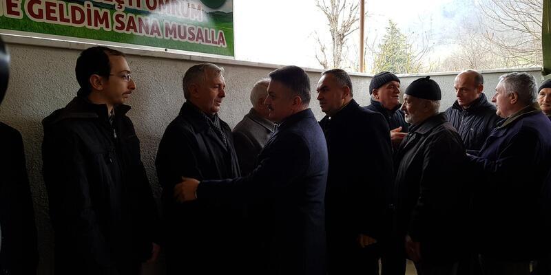 Ankara Müftüsü, annesinin cenaze namazını kıldırdı