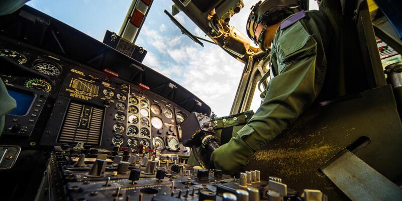 Darbe şüphelisi generali Ankara'ya getiren pilot konuştu