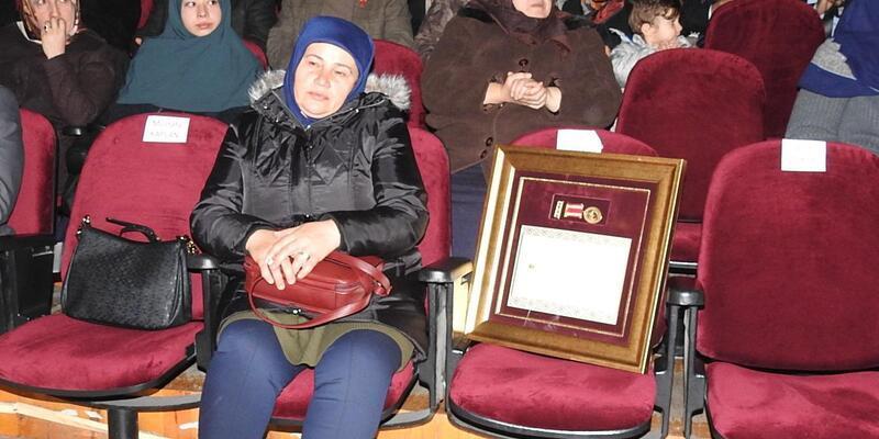 Çorum'da şehit aileleri ve gazilere Devlet Övünç Madalyası