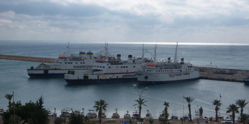 Taşucu-KKTC feribot ve gemi seferleri iptal edildi