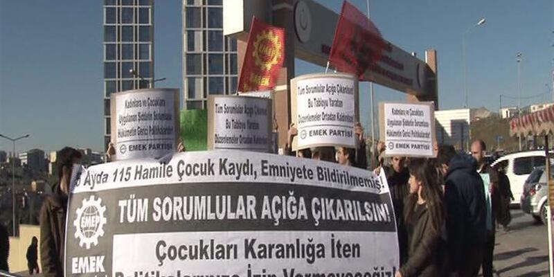 Hamile 115 çocuğun istismarını gizleyen hastanenin önünde protesto