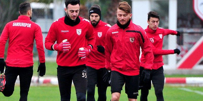 Samsunspor'da Ayite ve Samed antrenmana çıkmadı