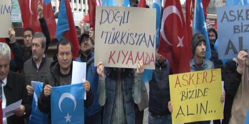 (Yeniden) - Doğu Türkistanlılardan gönüllü askerlik başvurusu