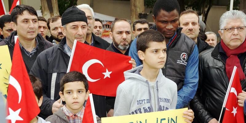Yabancılar Zeytin Dalı Harekatı'na katılmak için askerliğe başvurdu