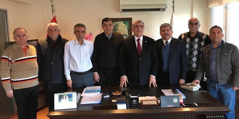 AK Partili Kalkan'dan esnaf turu