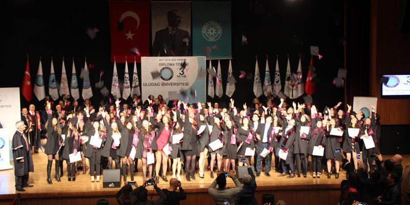 Uludağ Üniversitesinin mezun sayısı 200 bine ulaştı