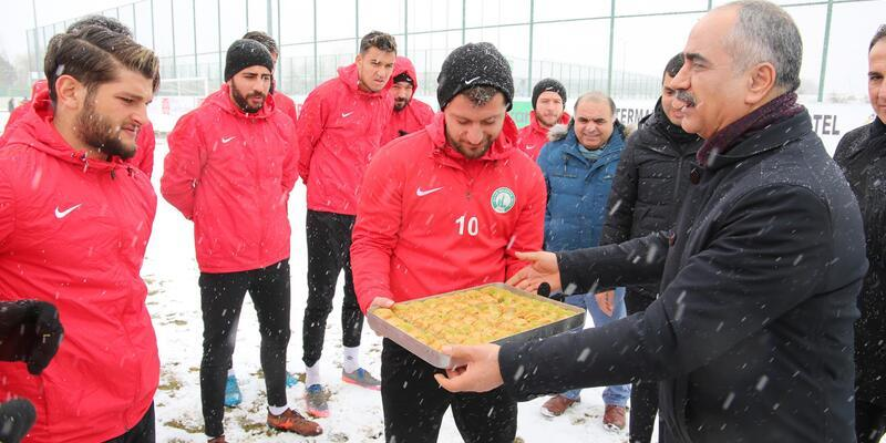 Başkan Aydın'dan Sivas Belediyespor'a moral ziyareti