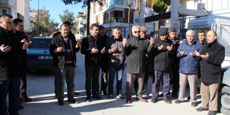 Burdurlu muhtarlardan 'Zeytin Dalı Harekatı' için gönüllü askerlik başvurusu