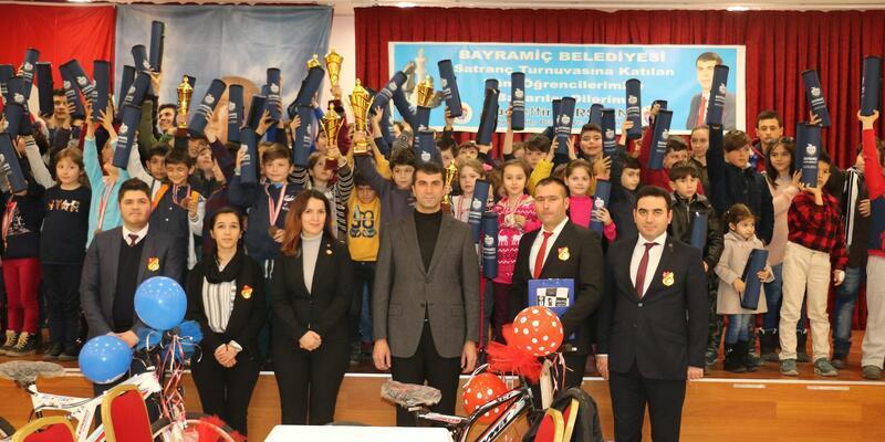 Bayramiç Belediyesi satranç turnuvası sona erdi