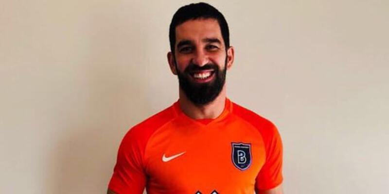 Başakşehir Arda Turan'ı UEFA'ya bildirmedi