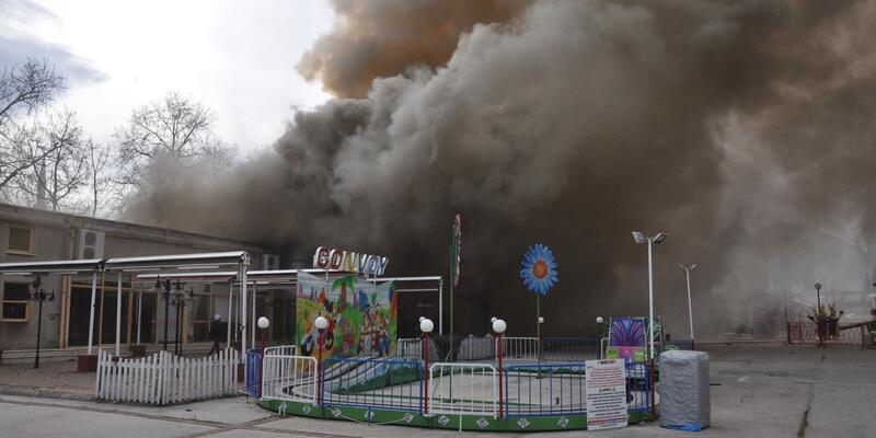 İnegöl'de lunaparkta yangın: 1 ölü