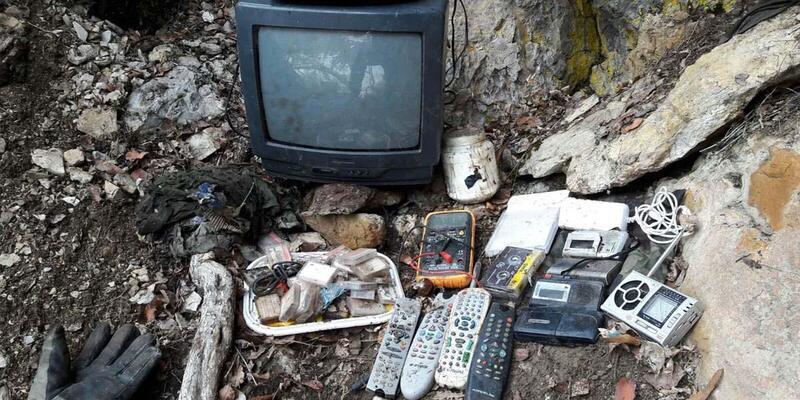 Tunceli'de PKK'nın televizyonlu sığınağı ele geçirildi