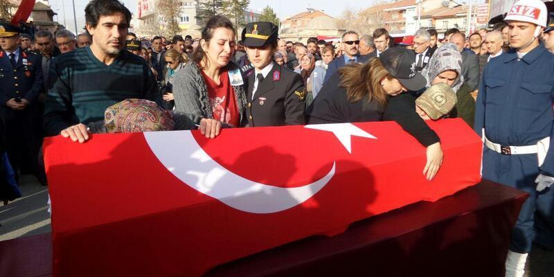 'Zeytin Dalı Harekatı' şehidi Uzman ÇavuşKaya,Nevşehir'de son yolculuğuna uğurlandı