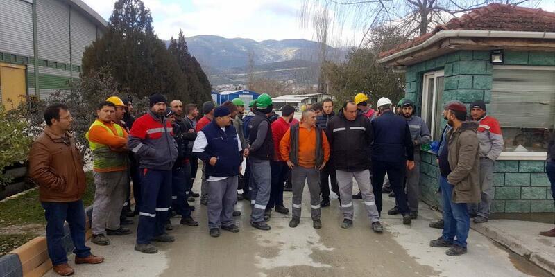 Beton travers fabrikasında 45 işçiden iş durdurma eylemi