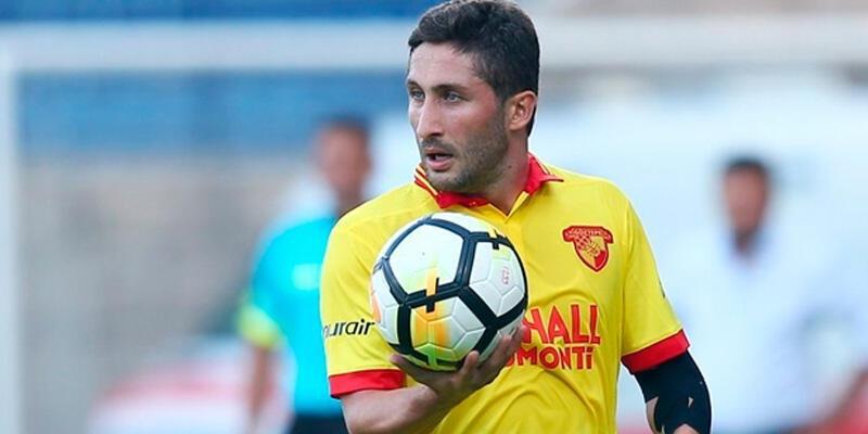Sabri Sarıoğlu Süper Lig'in en iyisi oldu