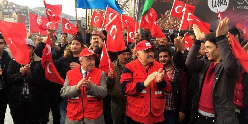 Zonguldak'ta Afgan, Özbek ve Uygur Türkleri askere gitmek için başvuru yaptı
