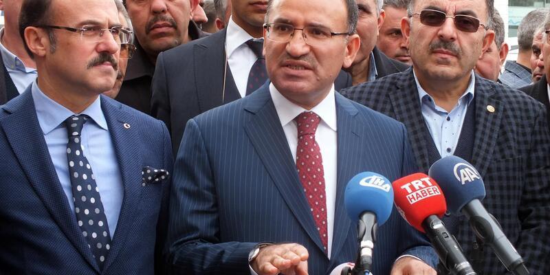 Bozdağ: Teröristlerle fotoğraf çektirip, Türkiye'ye gönderme yapmayacaksınız