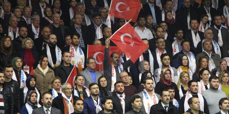 Başbakan Yıldırım: Türkiye'ye kafa tutanlar bu sese kulak versin
