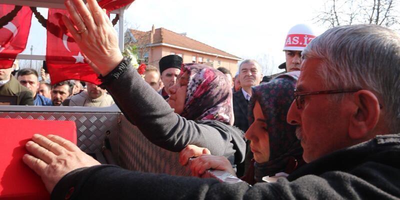 Samsunlu şehit Uzman Çavuş Akalın'ı son yolculuğuna 5 bin kişi uğurladı