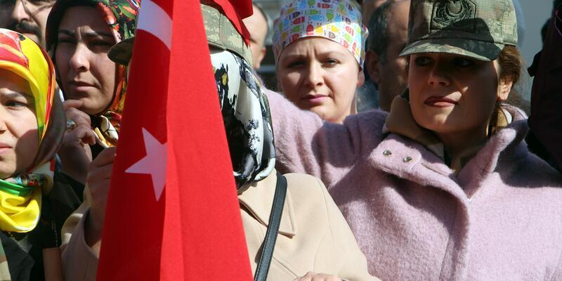 Tokat'ta Memur-Sen'den 'Zeytin Dalı Harekatı'na destek