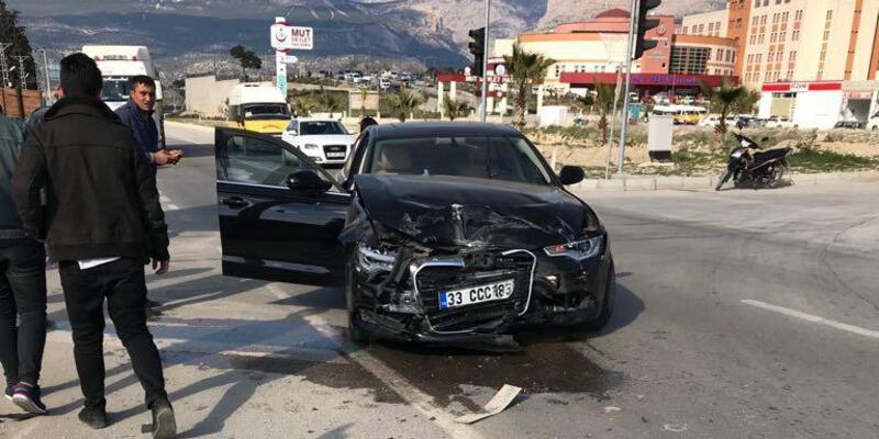 Mut Belediye Başkanı Yılmaz'ın makam aracı kaza yaptı