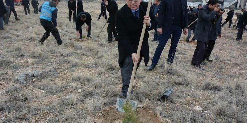 Niğde'de Şehit Polis Fethi Sekin Hatıra Ormanı oluşturuldu