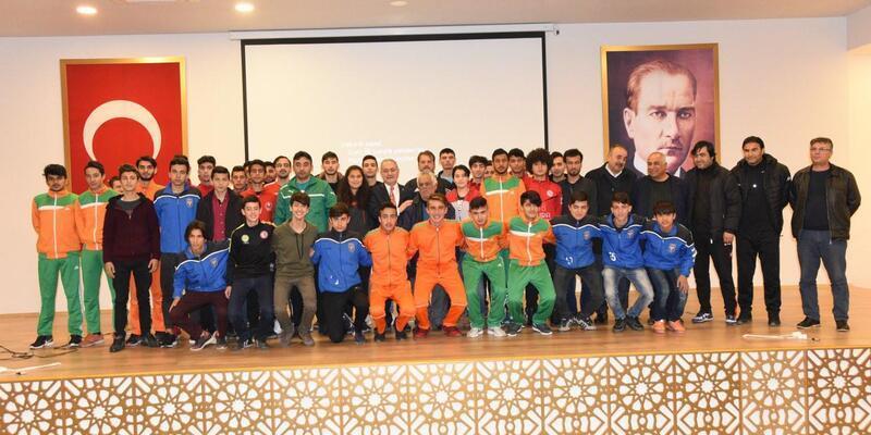 Osmaniye Belediyesi'nden amatör spor kulüplerine destek
