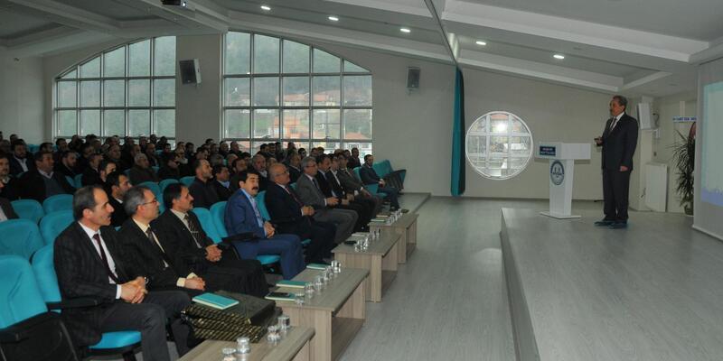 Akşehir Belediye Başkanı, din görevlileriyle buluştu