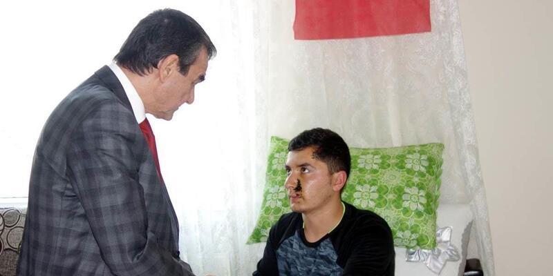 Kaymakam Abban, Afrin gazisini ziyaret etti
