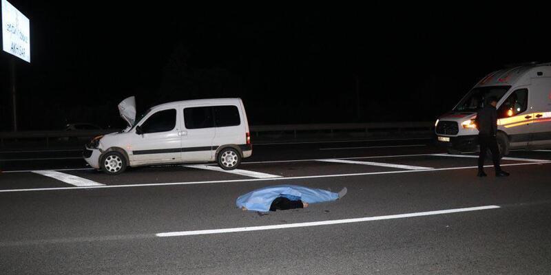 Otomobille çarpışan motosikletteki 2 kişi öldü