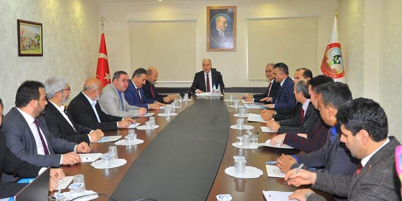 Osmaniye'de okuma yazma seferberliği toplantısı